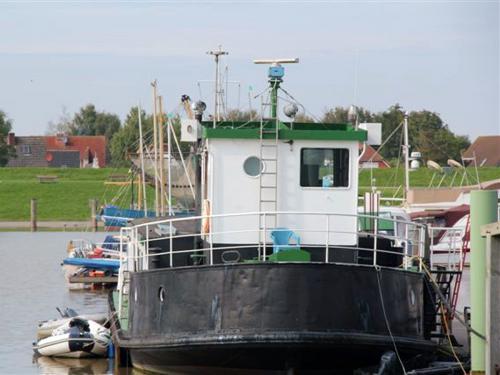 clubschiff aussen 673
