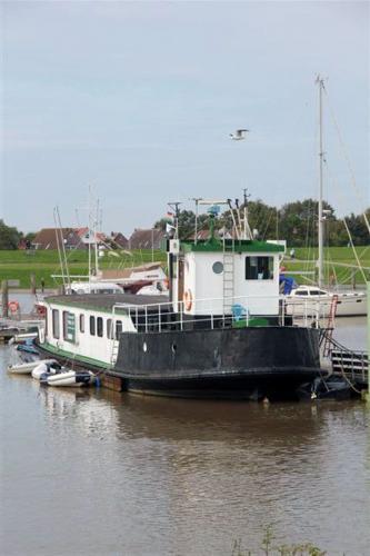 clubschiff aussen 687