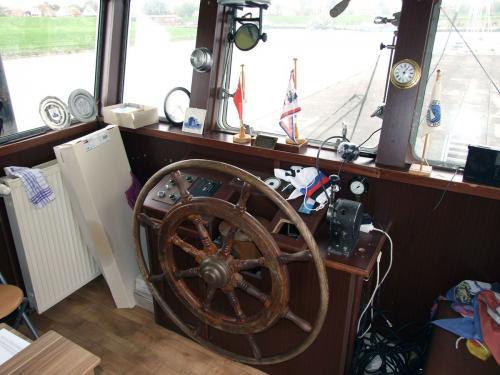 clubschiff steuerstand 022