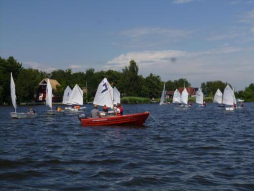 Regata am kleinen Meer  Opti mit Thalea und Jan Dirk  Thalea machte den 6 Platz Jan Dirk den 2 Platz (14)