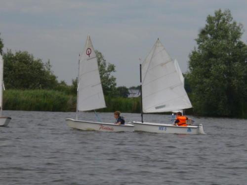 Regata am kleinen Meer  Opti mit Thalea und Jan Dirk  Thalea machte den 6 Platz Jan Dirk den 2 Platz (7)